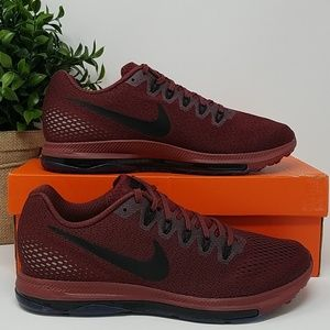 NIB Nike Men's 9.5 Zoom All Out Running Shoe A2C